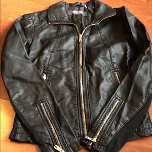 Kenneth Cole reaction faux leather jacket - xs